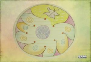 mandala de colores con mariposa hecho a mano